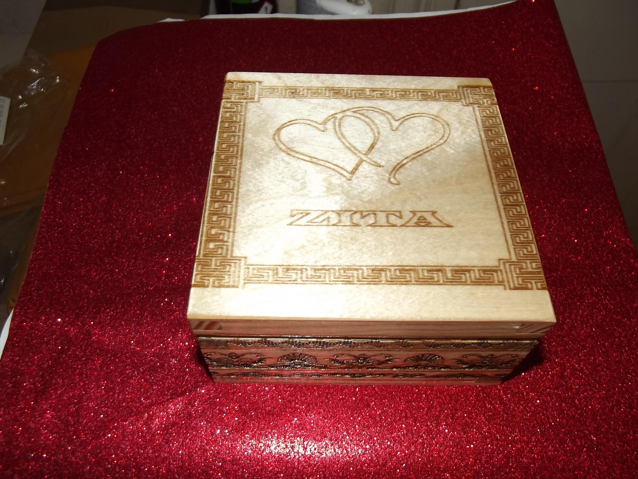 2_1550402453454_zitas jewlery box-2.jpg